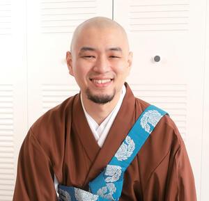 Kakuho Aoe